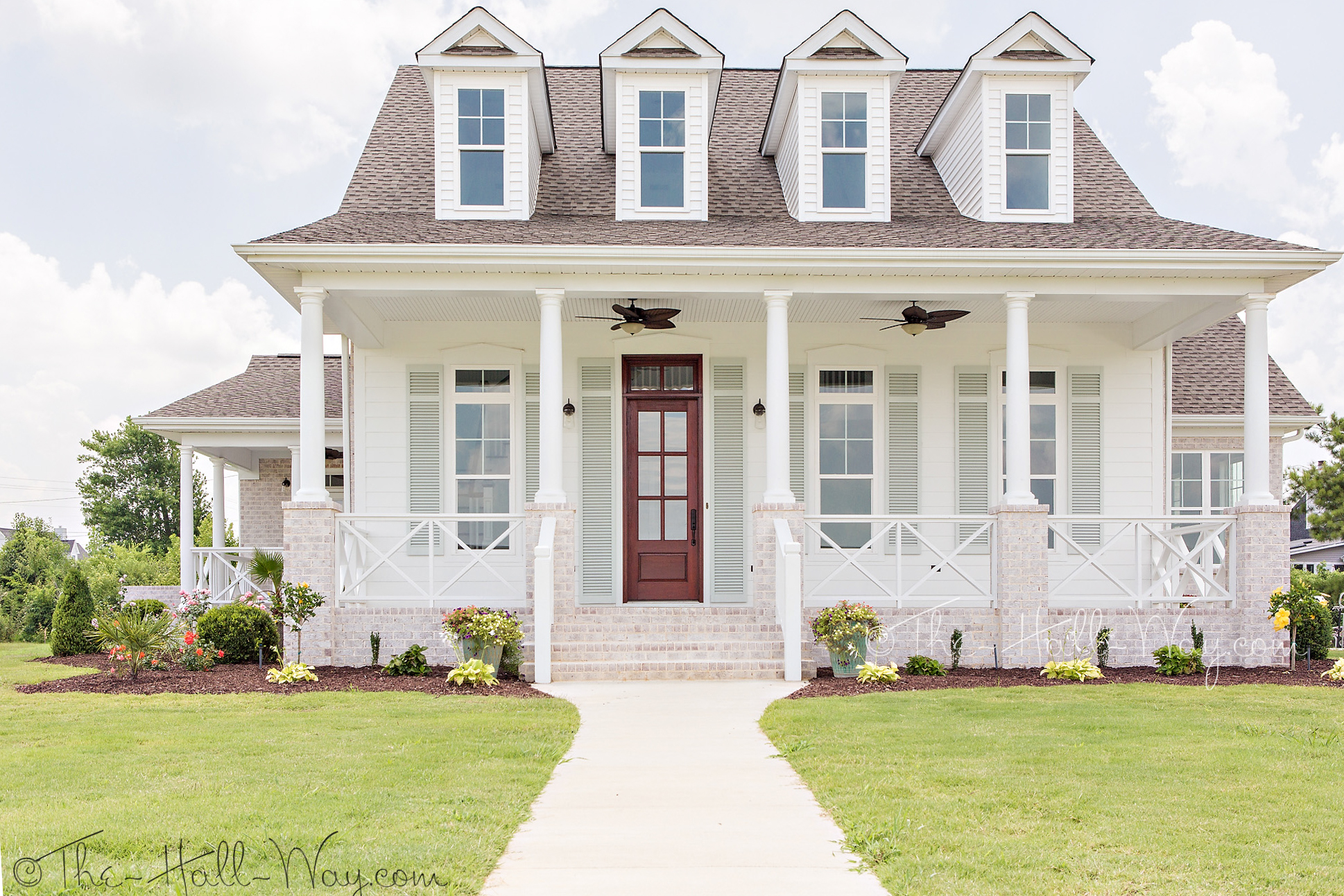 Eastover cottage the exterior the hall way for Home exterior planner