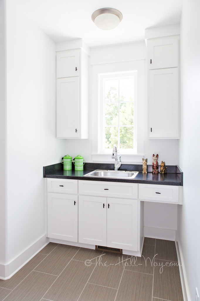 Southern Living Eastover Cottage - Laundry Room
