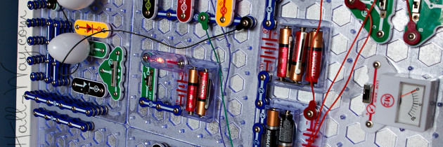 Snap Circuits Wall
