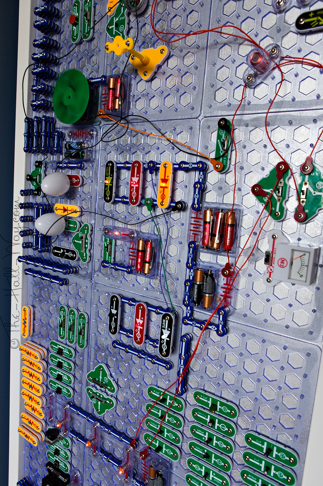 Snap Circuits Ideas Modern Design Of Wiring Diagram Extreme 750in1 Kit W Computer Interface Click To Wall The Hall Way Lesson Science Fair Project